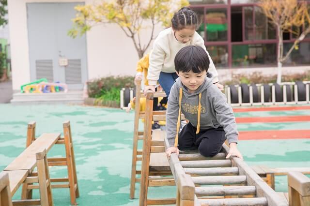 自贡市小孩儿自闭症康复中心哪家好?图3